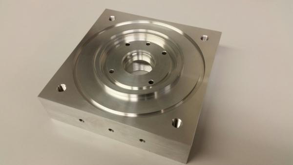 Frästeil mit Innendrehkontur aus Aluminium